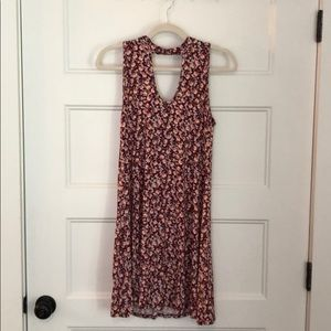 FRANCESCAS COLLECTIONS red floral dress